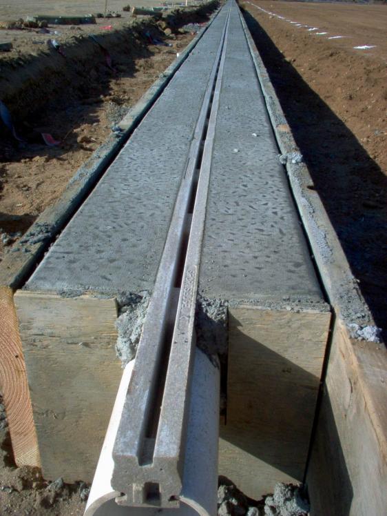Slot drain culvert