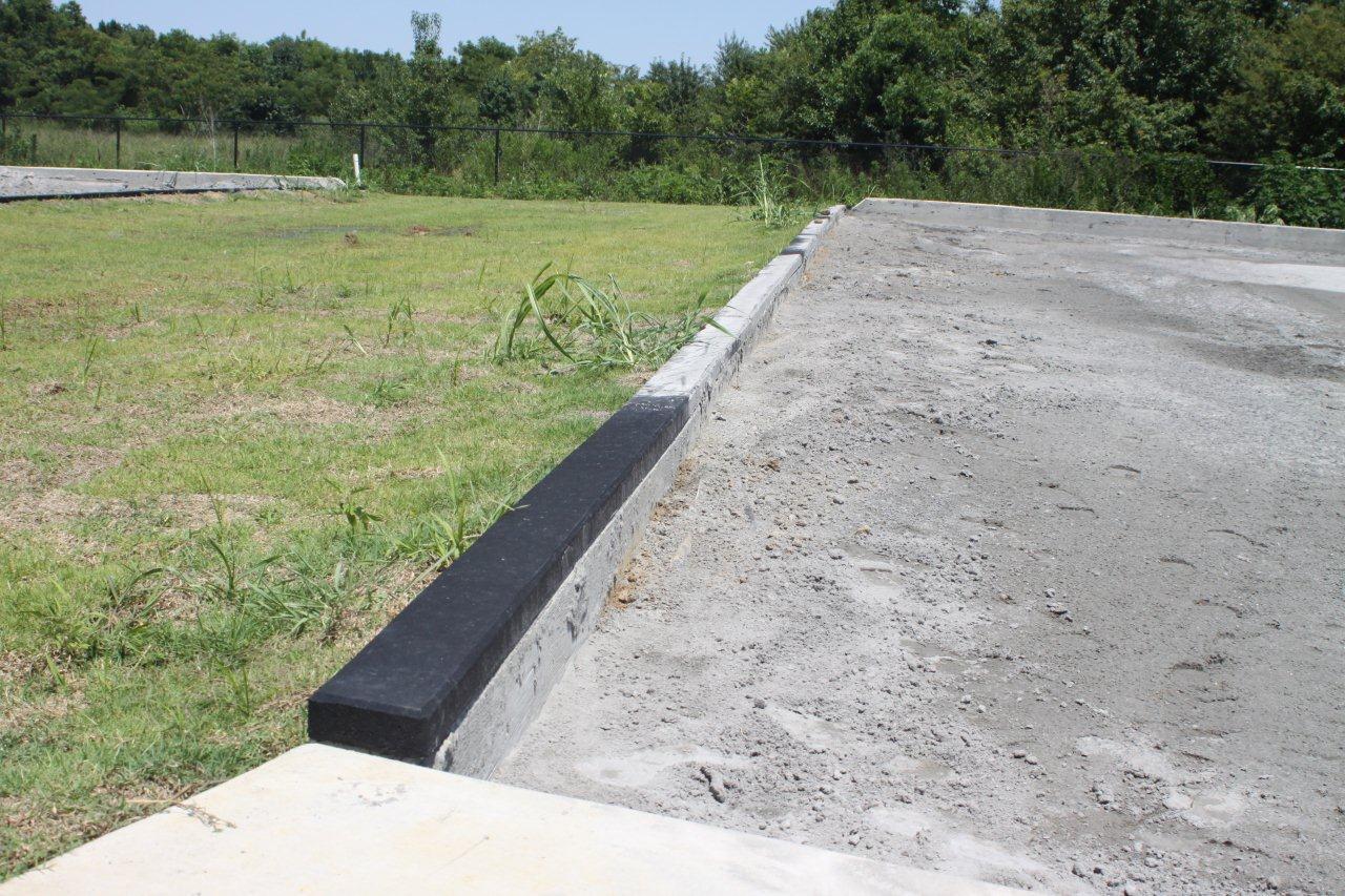 Rubber Cap For Concrete Curb Sportsedge